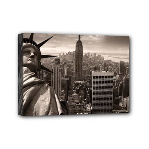Statue Of Liberty, New York 5  X 7  Framed Canvas Print by artposters