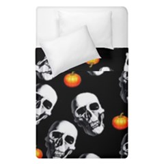 Skulls And Pumpkins Duvet Cover (single Size) by MoreColorsinLife