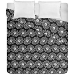 Black And White Gerbera Daisy Vector Tile Pattern Duvet Cover (double Size) by creativemom