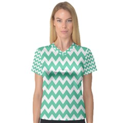 Chevron Pattern Gifts Women s V Neck Sport Mesh Tee