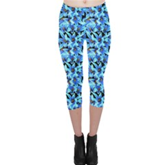 Turquoise Blue Abstract Flower Pattern Capri Leggings by Costasonlineshop
