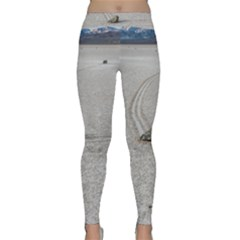 Sailing Stones Yoga Leggings by trendistuff