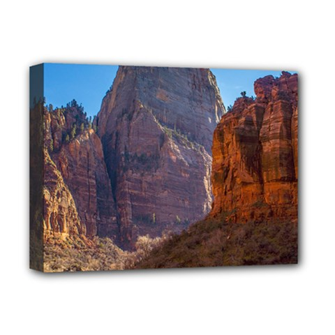 Zion National Park Deluxe Canvas 16  X 12   by trendistuff