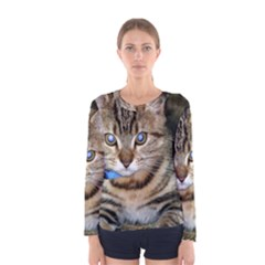 BLUE-EYED KITTY Women s Long Sleeve T-shirts by trendistuff