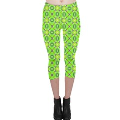 Vibrant Abstract Tropical Lime Foliage Lattice Capri Leggings