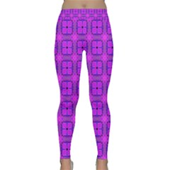 Abstract Dancing Diamonds Purple Violet Yoga Leggings by DianeClancy