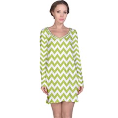Spring Green & White Zigzag Pattern Long Sleeve Nightdress