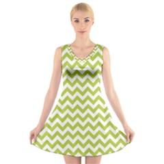 Spring Green & White Zigzag Pattern V Neck Sleeveless Skater Dress