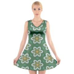 Yellow Flowers Pattern                                V Neck Sleeveless Dress