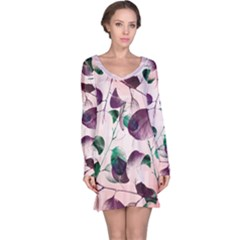 Spiral Eucalyptus Leaves Long Sleeve Nightdress