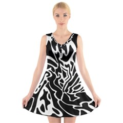 Black And White Decor V Neck Sleeveless Skater Dress