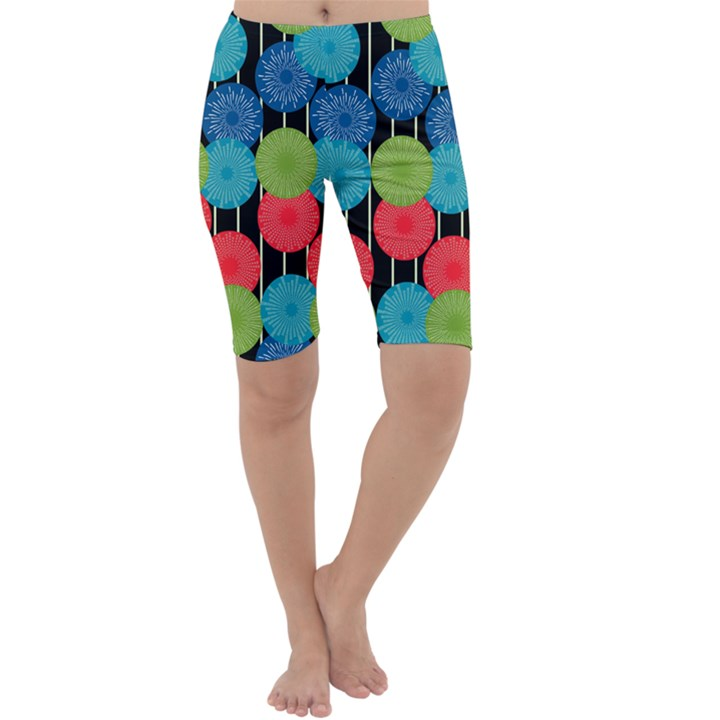 Vibrant Retro Pattern Cropped Leggings