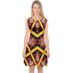 TITRE TERRE Capsleeve Midi Dress