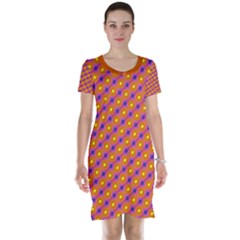 Vibrant Retro Diamond Pattern Short Sleeve Nightdress