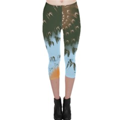 Sun Ray Swirl Design Capri Leggings