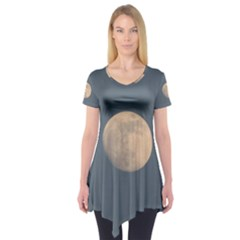 The Moon And Blue Sky Short Sleeve Tunic