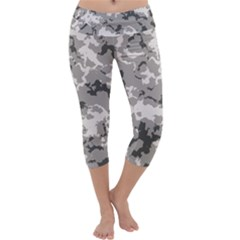 Winter Camouflage Capri Yoga Leggings