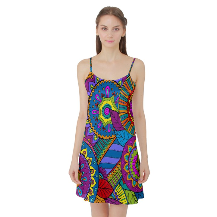 Pop Art Paisley Flowers Ornaments Multicolored Satin Night Slip