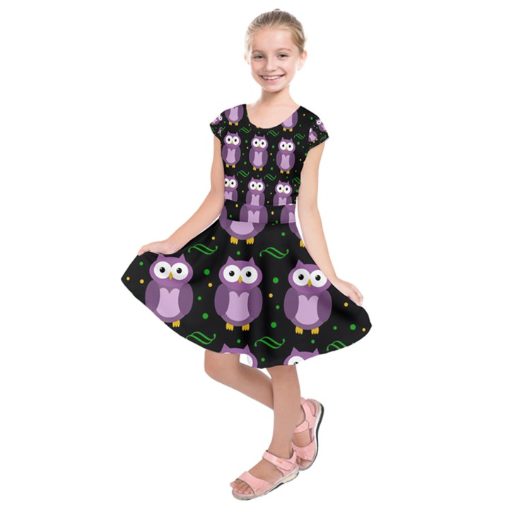 Halloween purple owls pattern Kids  Short Sleeve Dress