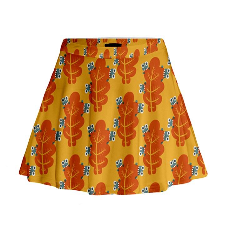 Bugs Eat Autumn Leaf Pattern Mini Flare Skirt