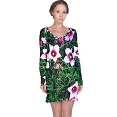 Pink Flowers Over A Green Grass Long Sleeve Nightdress