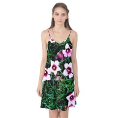 Pink Flowers Over A Green Grass Camis Nightgown