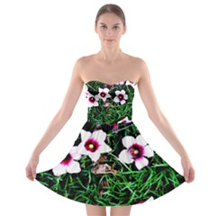 Pink Flowers Over A Green Grass Strapless Bra Top Dress