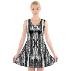 Black White Taditional Pattern  V Neck Sleeveless Skater Dress