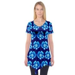 Turquoise Blue Flower Pattern On Dark Blue Short Sleeve Tunic