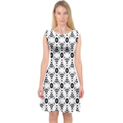 Black White Flower Capsleeve Midi Dress by Jojostore