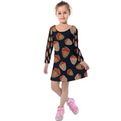 Chocolate Strawberries Pattern Kids  Long Sleeve Velvet Dress by Valentinaart