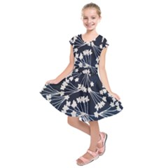 Flower Blue Jpeg Kids  Short Sleeve Dress by Jojostore