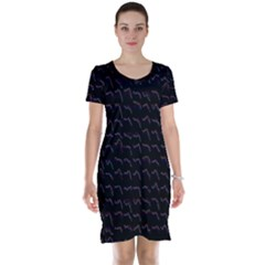 Smooth Color Pattern Short Sleeve Nightdress
