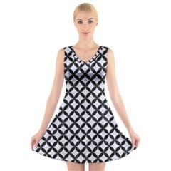 Circles3 Black Marble & White Marble (r) V Neck Sleeveless Dress