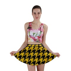 Houndstooth1 Black Marble & Yellow Marble Mini Skirt by trendistuff