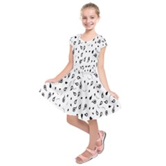 Paisley Floral Flourish Decorative Kids  Short Sleeve Dress by Nexatart
