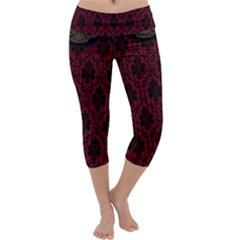 Elegant Black And Red Damask Antique Vintage Victorian Lace Style Capri Yoga Leggings