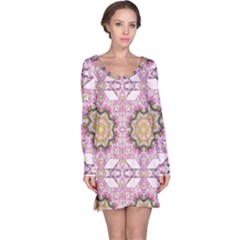 Floral Pattern Seamless Wallpaper Long Sleeve Nightdress