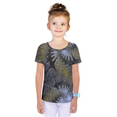 Fractal Wallpaper With Blue Flowers Kids  One Piece Tee