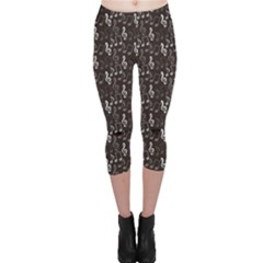 Black Pattern With Music Notes Treble Clef Capri Leggings