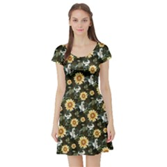 Daisy2 Vintage Floral Short Sleeve Dress by CoolDesigns