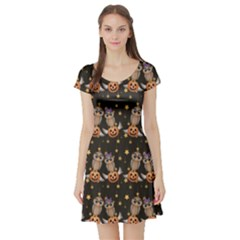 Black Halloween Two Cartoon Owls With Pumpkins Short Sleeve Skater Dress