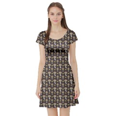 Dark Of Pattern With Abstract Mushrooms And Leaves Short Sleeve Skater Dress
