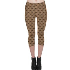 Brown Pattern With Hearts And On A Retro Wooden Boards Capri Leggings