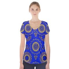 Abstract Mandala Seamless Pattern Short Sleeve Front Detail Top