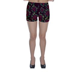 A Red Rose Tiling Pattern Skinny Shorts
