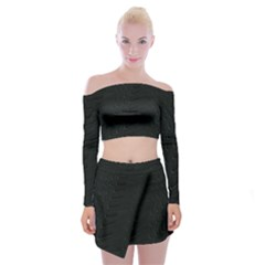 Abstract Clutter Off Shoulder Top With Skirt Set by Nexatart