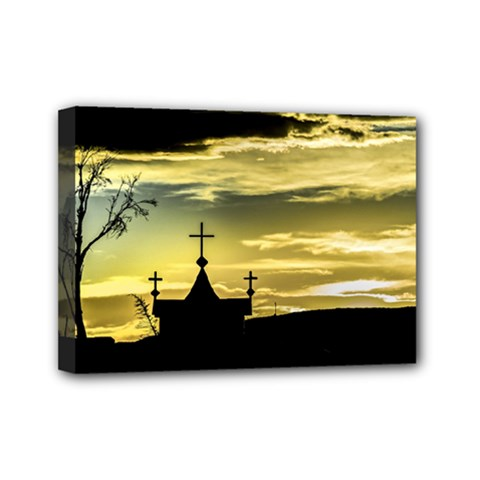 Graves At Side Of Road In Santa Cruz, Argentina Mini Canvas 7  X 5  by dflcprints