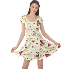 Valentinstag Love Hearts Pattern Red Yellow Cap Sleeve Dresses by EDDArt