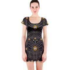 Lace Of Pearls In The Earth Galaxy Pop Art Short Sleeve Bodycon Dress